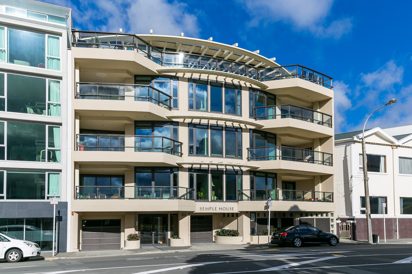 SOLD – 1B 84 Oriental Parade Architecturally Designed Apartment